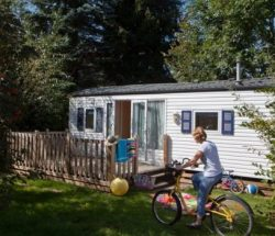 Au Clos de la Chaume campsite: Cottage Vosges Campsite 615x350