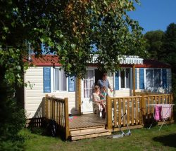 Au Clos de la Chaume campsite: Oak Cottage