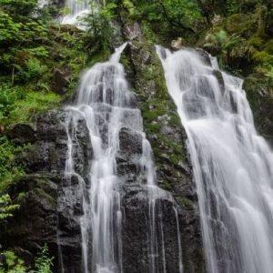 Au Clos de la Chaume campsite: Great Tendon Waterfall