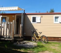 Mobile home with deck in the Vosges