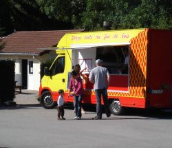 Pizza truck at campsite in the Vosges Au Clos de la Chaume
